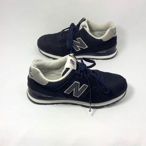 New Balance W 574 navy white 9.5 athletic shoe D22